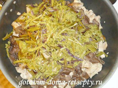 тушеное мясо с грибами 6