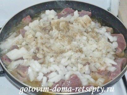 жареная говяжья печень с луком 4