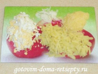 салат с креветками, сыром и яйцами 4