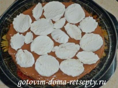 шоколадный бисквитный торт с зефиром 13