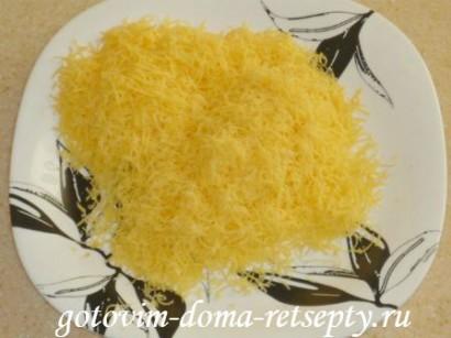 салат из курицы с грибами и сыром 5