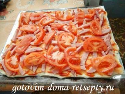 домашняя пицца с ветчиной и помидорами 7