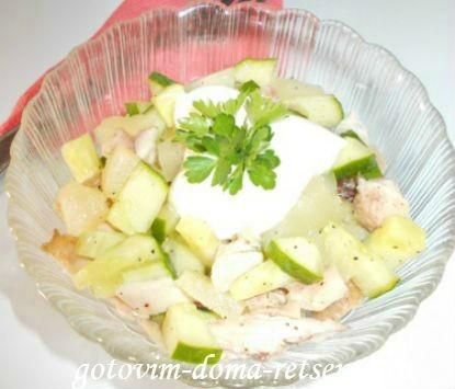 салаты из ананаса и курицы: с кукурузой, огурцом - рецепты 8