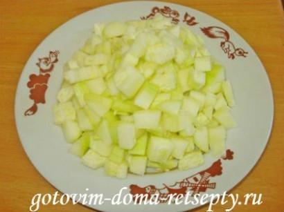 овощи с курицей в мультиварке 16