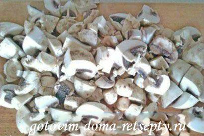 картофель с грибами и курицей в горшочке 12