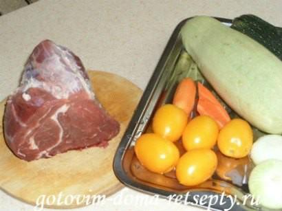 мясо с кабачками и помидорами 1