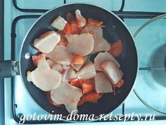 курица тушеная с помидорами в сметане 5