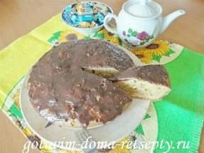 Манник на молоке с шоколадной глазурью в мультиварке