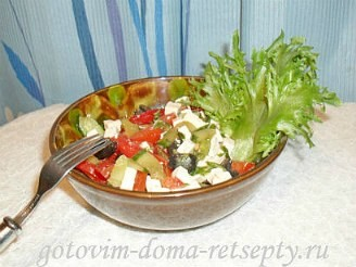 Греческий салат с брынзой, рецепт 11