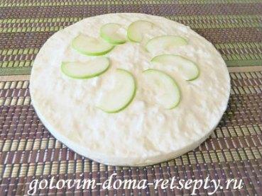 торт без выпечки из печенья с яблоками 11