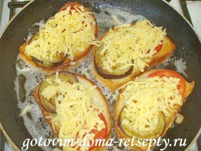 горячие бутерброды с баклажанами помидорами и сыром 9