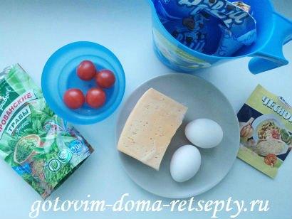 омлет с молоком, сыром и помидорами 1