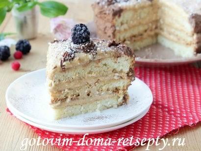 вроде бы неплохая порция бисквитного торта для меня