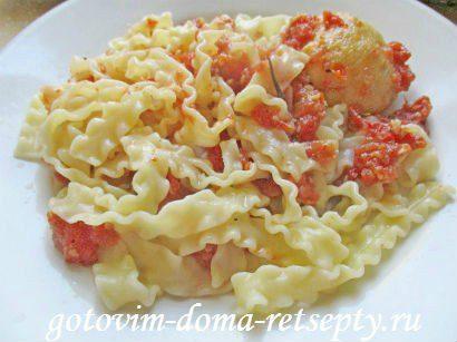 куриные тефтели с сыром и макаронами в томатном соусе