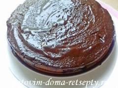 Торт — брауни (фондан) с фруктами и ягодами (апельсином и вишней)