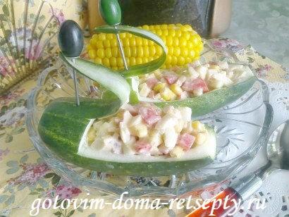 cалат огурцы с кукурузой и крабовыми палочками