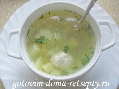 gorohovyiy-sup-s-kurinyimi-frikadelkami-8