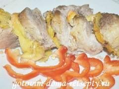 свинина с ананасами и сыром 10
