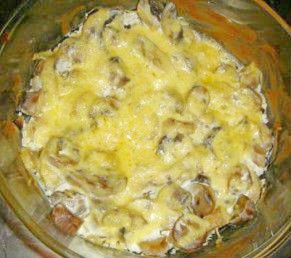 грибы в духовке со сметаной