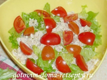 салат цезарь с курицей и сухариками 7
