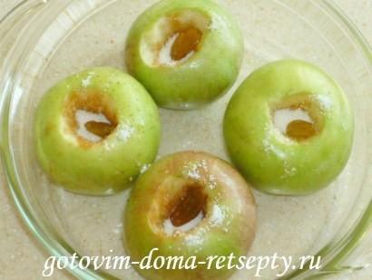 печеные яблоки в духовке 3