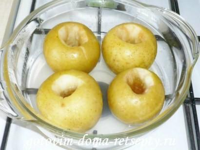 печеные яблоки в духовке 4