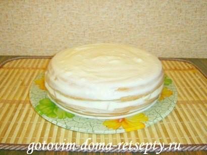 бисквитный торт на сметанном креме с фруктами 10