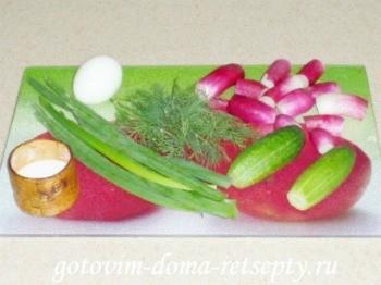 салат из огурцов с яйцом и редиской 1