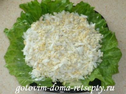 салат из крабовых палочек сыра и ананасов 3