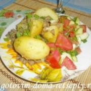 молодая картошка с грибами шампиньонами и чесноком