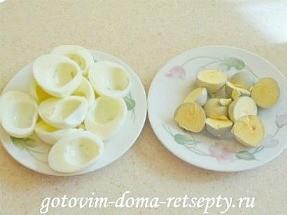 салат с курицей, сыром и грибами 5