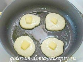 оладьи на кефире с сыром 5