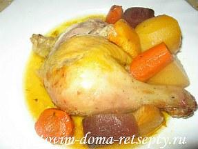 курица запеченная с овощами в духовке целиком