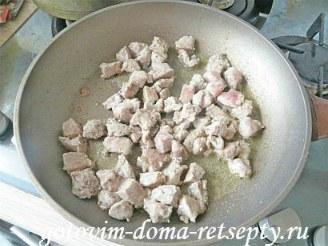 мясо в горшочках с грибами, картошкой и овощами 3