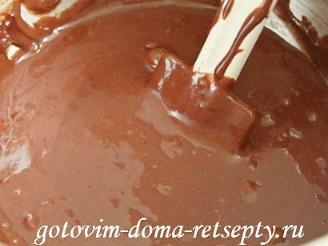 капкейки шоколадные с начинкой и кремом шантильи 8