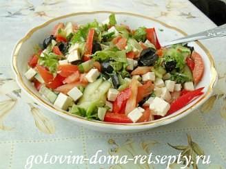 Греческий салат с брынзой, рецепт 10