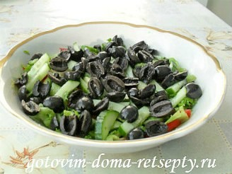 Греческий салат с брынзой, рецепт 6