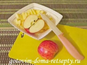торт без выпечки из печенья с яблоками 6
