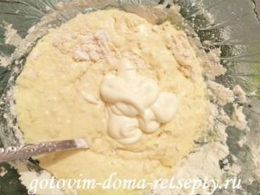 рыбный пирог из консервированной сайры 4