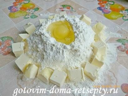 тертый пирог из песочного теста в мультиварке с яблочным пюре 4