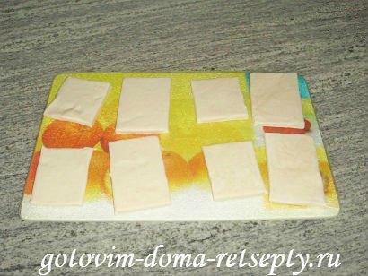 слоеные конвертики с сыром или творогом из готового теста 2