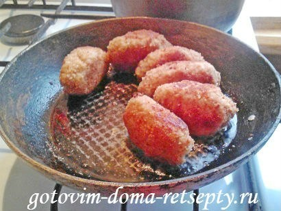 котлеты из свиного фарша с томатной подливой 13