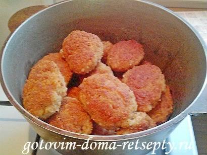 котлеты из свиного фарша с томатной подливой 14