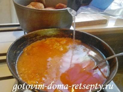 котлеты из свиного фарша с томатной подливой 18
