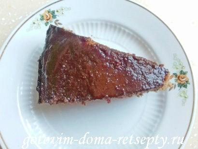 торт брауни с фруктами и ягодами