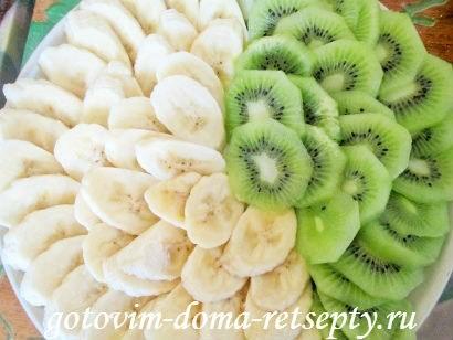 торт из печенья с бананами и киви без выпечки 4