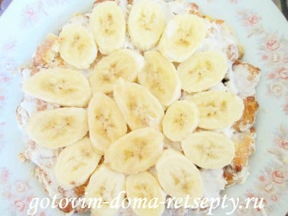 торт из печенья с бананами и киви без выпечки 6