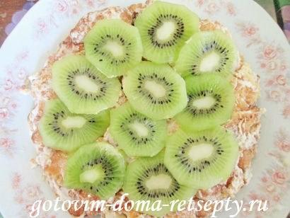 торт из печенья с бананами и киви без выпечки 7