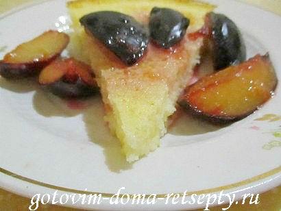 манник на кефире с фруктовым соусом 10