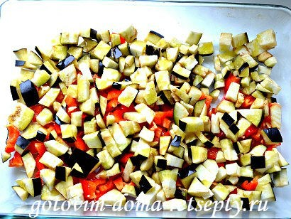 теплый салат с баклажаном и перцами 4